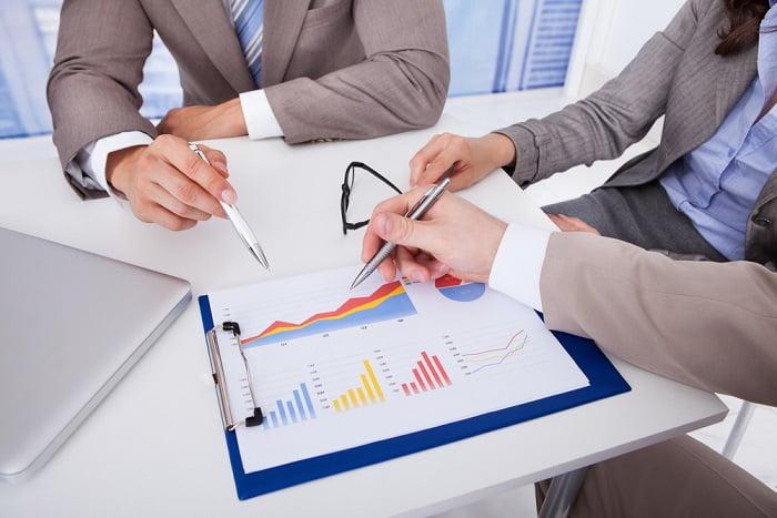 Is a financial advisor worth it